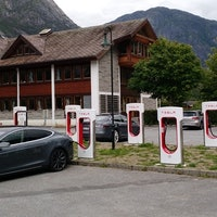 Musk Reads: Is a Tesla Model S refresh coming?