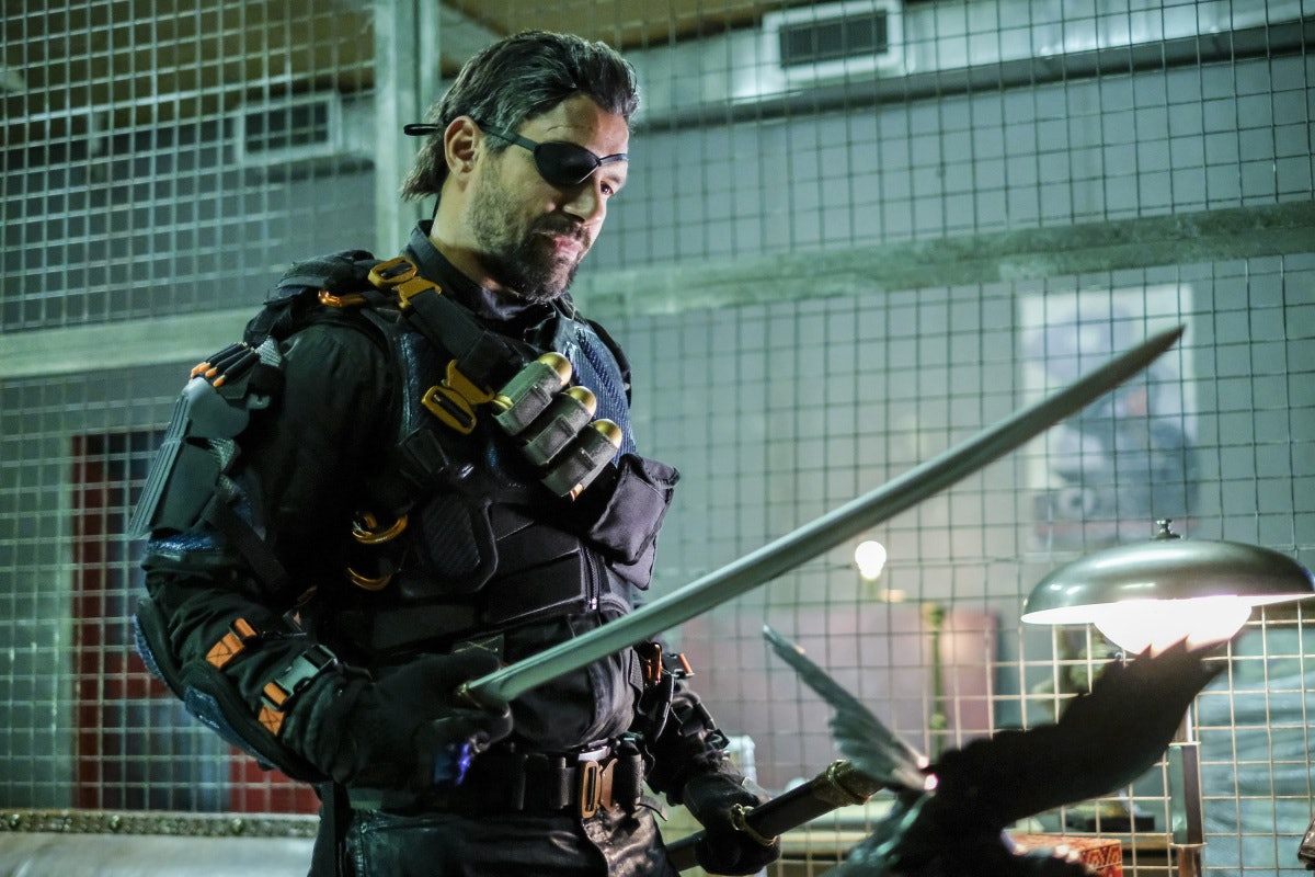 Arrow Deathstroke Manu Bennet Season 6