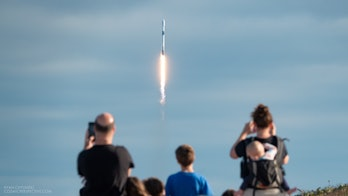 spacex flacon 9 taking off
