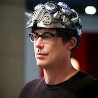 'The Flash' Thinking Cap: Dark Matter Can't Fry Harry Wells' Brain