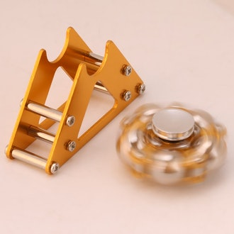Gyroscope, Yellow Aluminum Alloy Wheel Gyro with Tripod Decompression Toy Desktop Display