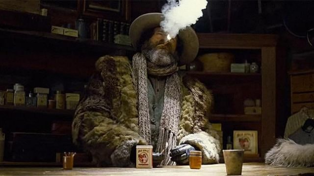 Red Apple Cigarettes in 'The Hateful Eight'