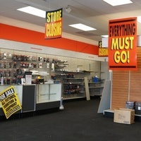 I Visited Closing RadioShack Locations and Bought Their Junk