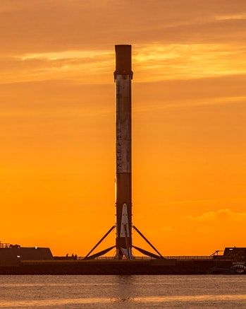 Falcon 9 in all its glory.