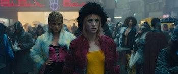 Mackenzie Davis as Mariette in 'Blade Runner 2049'.