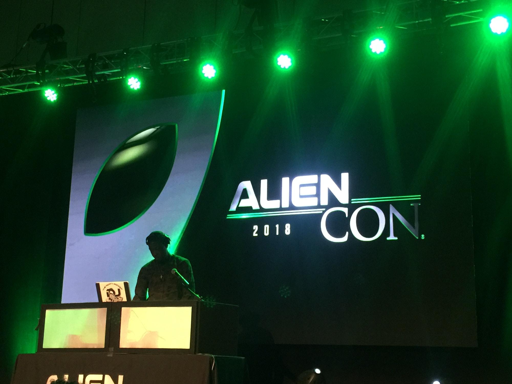 aliencon