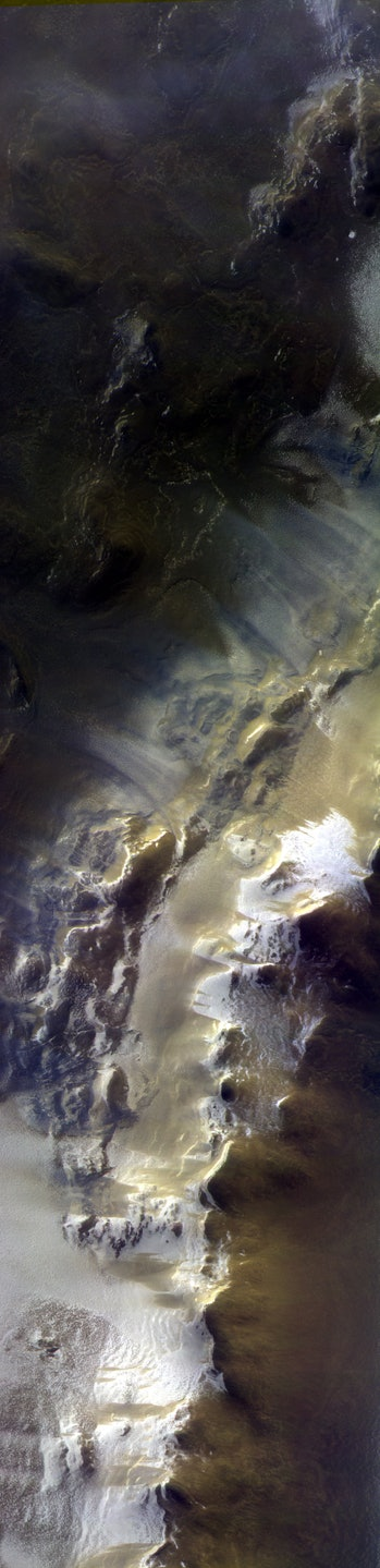 mars surface korolev crater exomars orbiter
