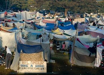 Haiti earthquake shelters