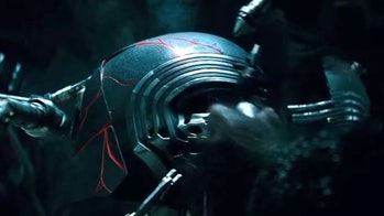 Kylo Ren's mask being repaired in 'The Rise of Skywalker' trailer. (Are those Kylo's hands though?)