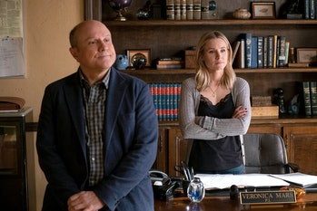 Enrico Colantoni and Kristen Bell in Veronica Mars Season 4