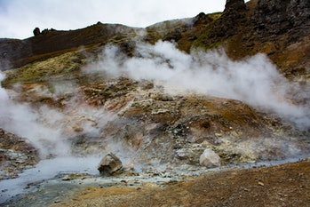 Sulfur stream making its way through this volcanic area Goecco white night volcano hike
