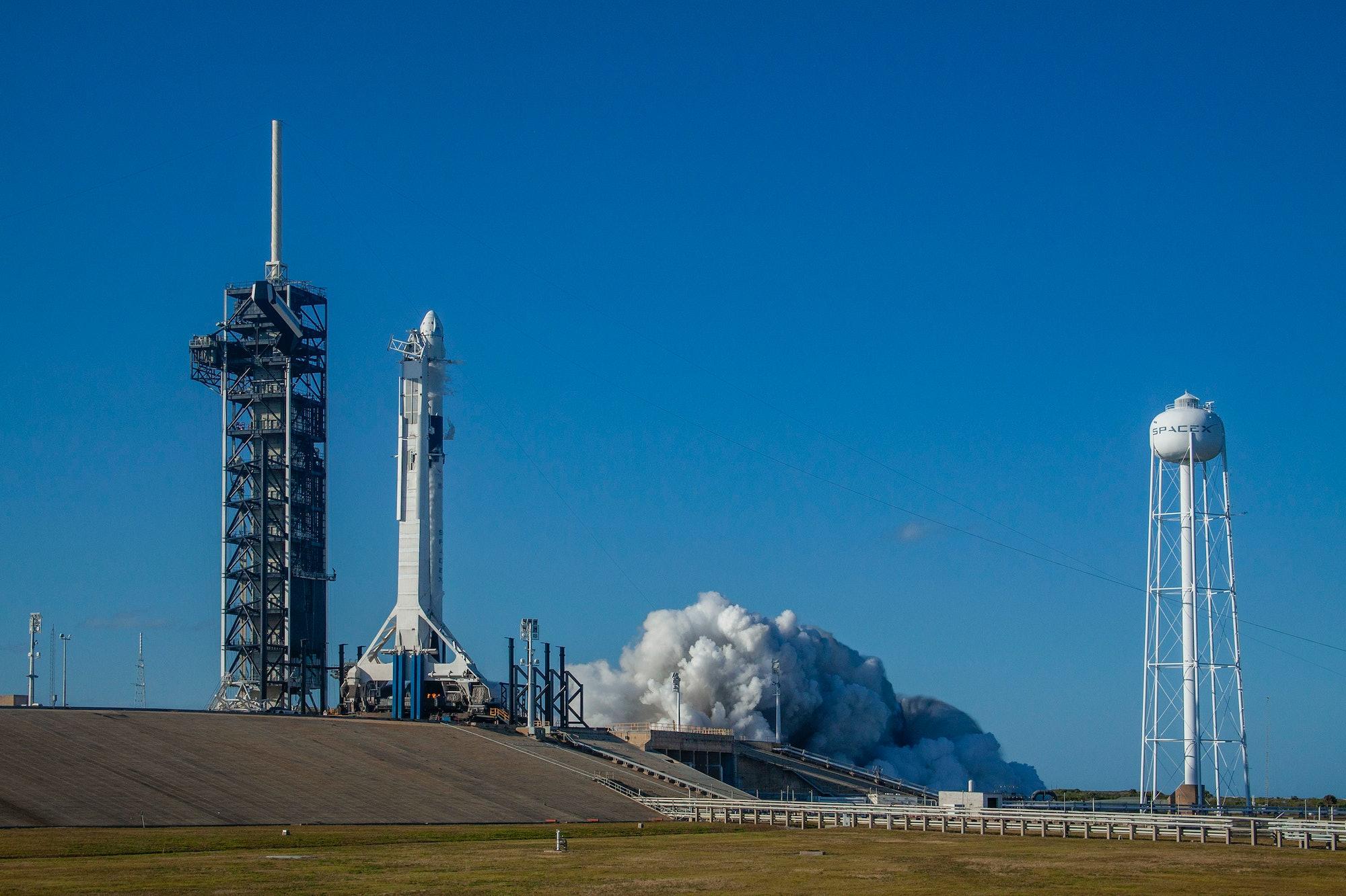 spacex falcon 9 crew dragon static fire test.