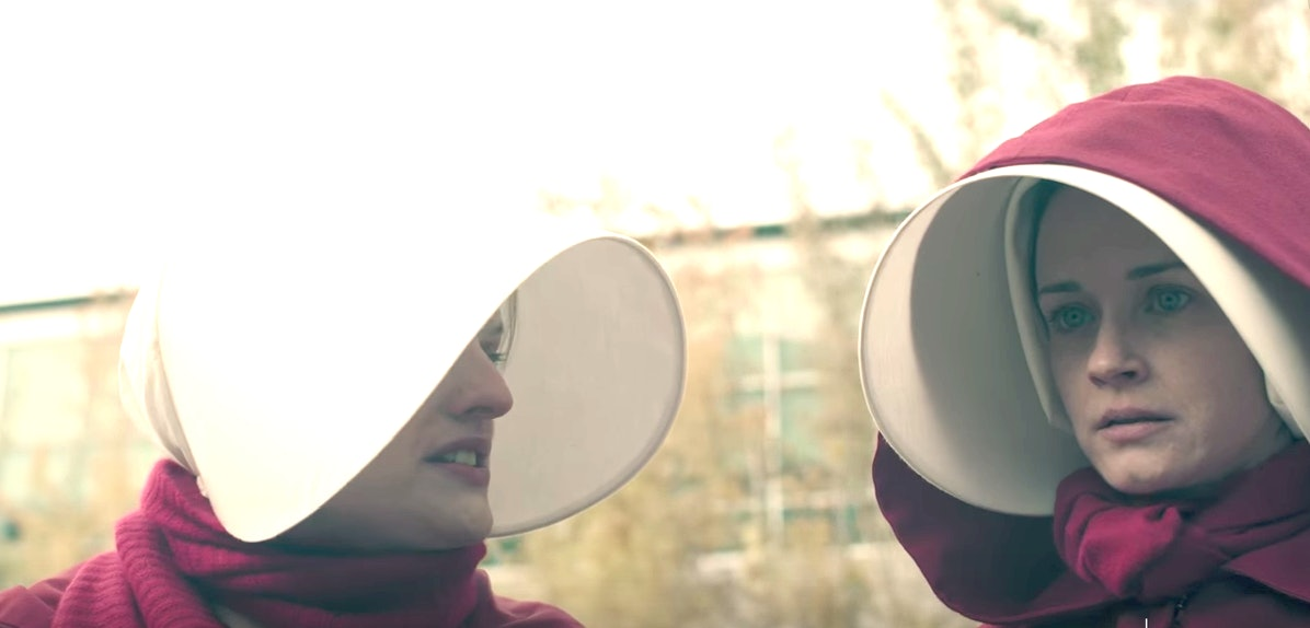 Elizabeth Moss and Alexis Bledel in 'The Handmaid's Tale