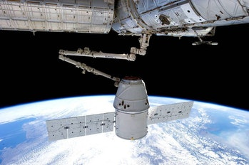 SpaceX Dragon Capsule Docking with ISS 2013