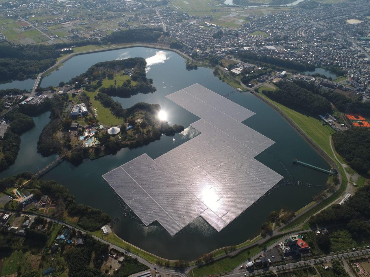 Floatovoltaics array on Yamakura Dam in Japan