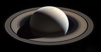 Saturn on 28 nov, 2016 (red grn bl uv)