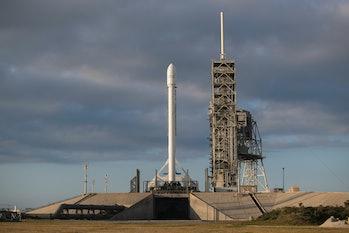 spacex inmarsat-5 launch