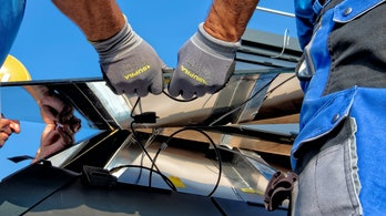 More solar panels could hit roofs soon.