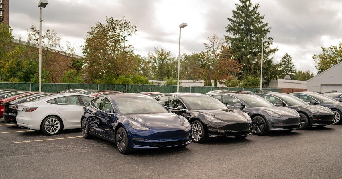 Tesla: Elon Musk Explains How It Will Power an Autonomous Uber-AirBnB