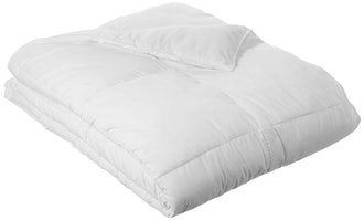 AmazonBasics Down Alternative Comforter, King