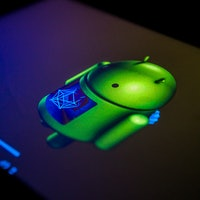 """Google Beats Oracle in Court, Jury Finds Android Made """"Fair Use"""" of Java API Code"""