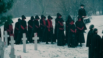 A Handmaid funeral in 'The Handmaid's Tale' Season 2