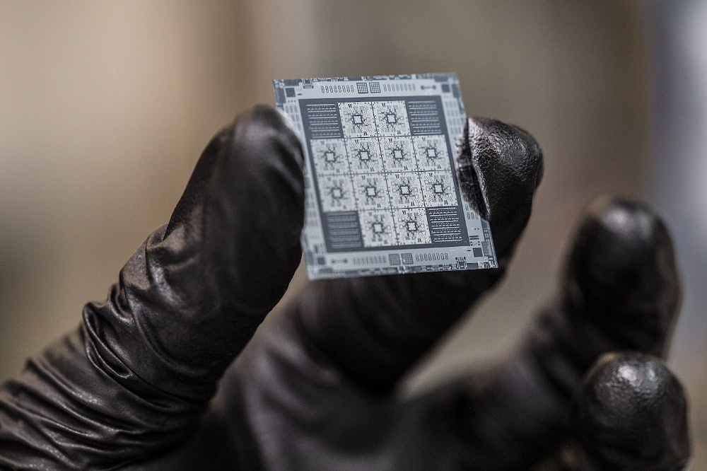 8-qubit quantum processors manufactured by Rigetti Computing.