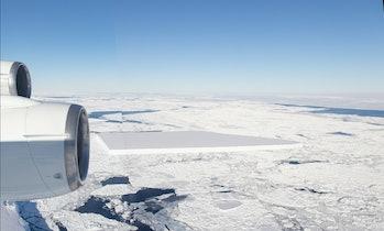tabular iceberg photo