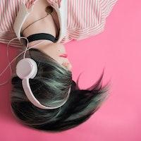 Headphones Aren't Causing Hearing Loss Among Teens
