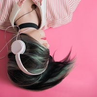 Headphones Aren't Causing Hearing Loss Among Teens
