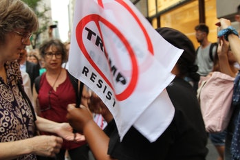 trump protest nyc flags