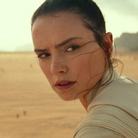 'Star Wars: The Rise of Skywalker' Theory Posits Identity of Rey's Mother