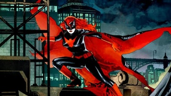 batwoman costume arroverse dc comics
