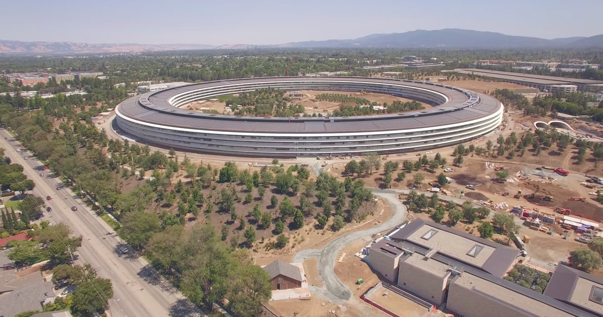 Apple Spaceship Campus Filmed by 4K Drone, and It Looks Amazing