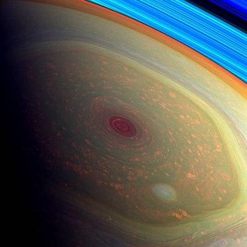 Saturn vortex