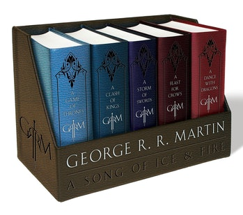 A Game of Thrones / A Clash of Kings / A Storm of Swords / A Feast for Crows / A Dance with Dragons (Song of Ice and Fire Series) (A Song of Ice and Fire) Leather Bound