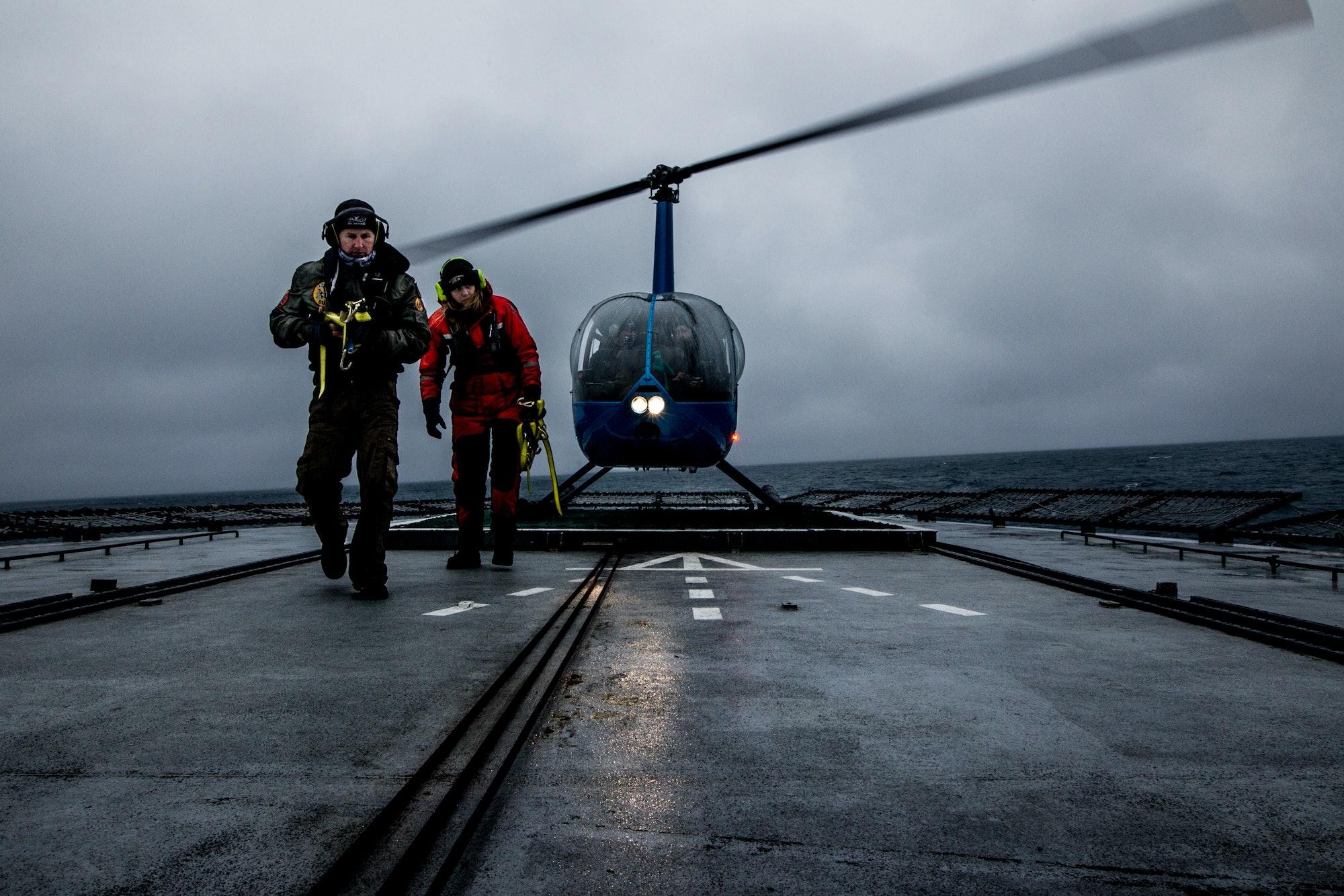 sea shepherd helicopter antarctica japanese whalers nemesis