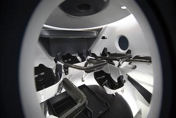 spacex crew dragon capsule interior