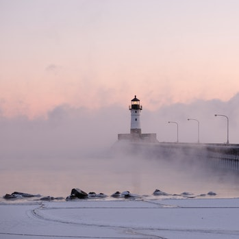 12/27/17: Canal Park lighthouse in Duluth, Minnesota