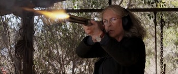 laurie strode winchester rifle shooting