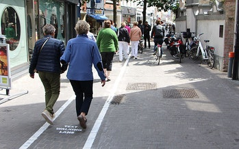 Belgium created special walking lanes for texters.