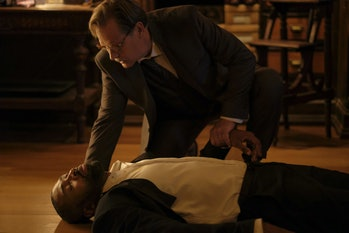 Pictured (L-R): Cress Williams as Jefferson Pierce and James Remar as Gamb