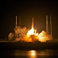 NASA's SpaceX Falcon 9 to Deliver DNA Sequencer and Heart Cells to ISS