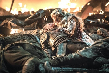 Daenerys Targaryen mourns Jorah at the Great Battle of Winterfell