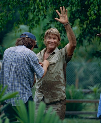 "The Late "" Crocodile Hunter "" Steve Irwin after playing with Dingos"