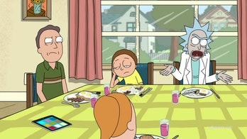 Season 3 ends where Seasons 1 and 4 (presumably) start: at the Smith Family dinner table.