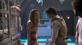 Echo and Bellamy in 'The 100'