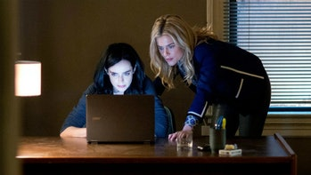 Jessica and Trish in 'Jessica Jones.'