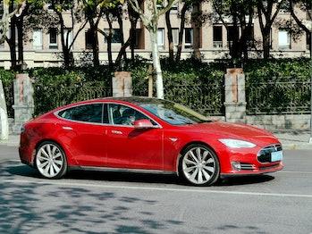 TESLA Model S_9