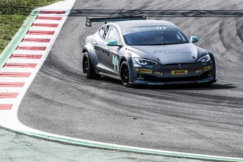 electric car racing spain